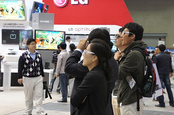 KES 2011에서 3D의 모든 것을 직접 체험해보니