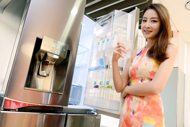 LG전자, 사용편의성 강화한 '디오스 얼음정수기냉장고' 출시