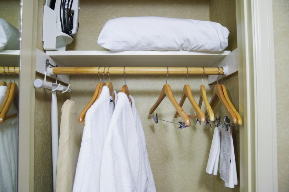 '놈코어' 스타일을 만드는 직장인 옷장정리