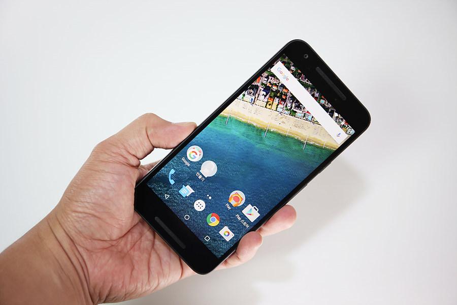마시멜로 탑재한 LG 넥서스5X의 매력 탐구