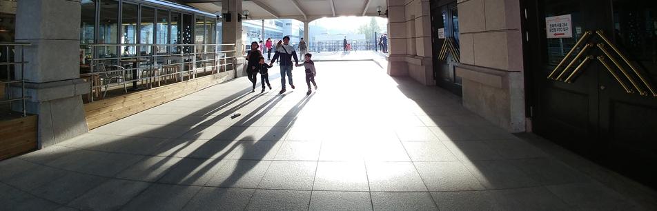 'LG G5' 광각 렌즈로 인물사진 잘 찍는 법