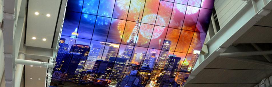 도시에 상상력을 불어넣는, 어메이징 디지털 사이니지