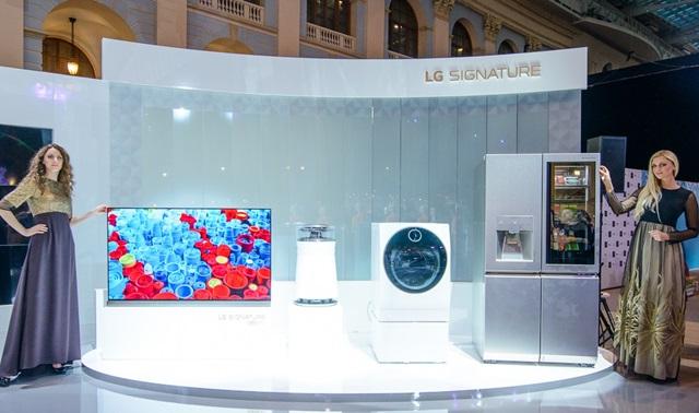 러시아 최대 패션쇼 빛낸 超프리미엄 'LG SIGNATURE'