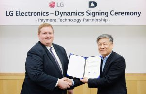 LG G6, 美 다이나믹스社 기술 품고 'LG페이' 서비스한다