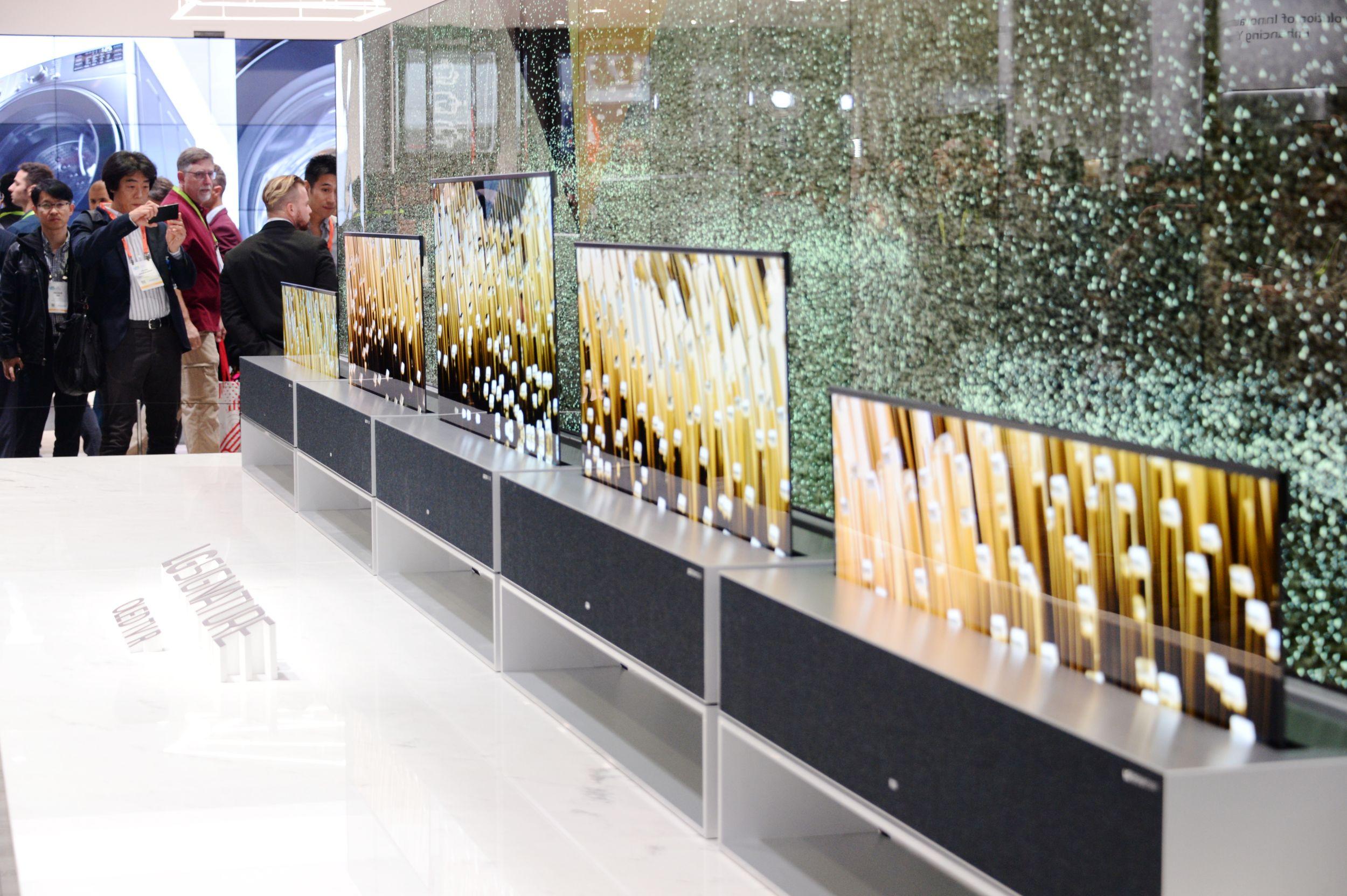 LG 롤러블 올레드 TV, CES 2019 '최고 TV' 선정