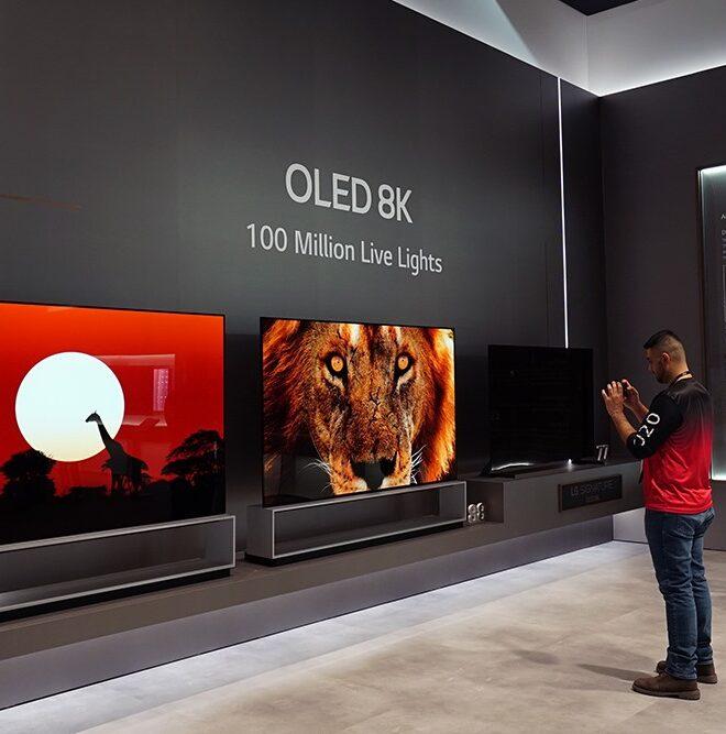 CES2020 현장사진 - OLED 8K TV