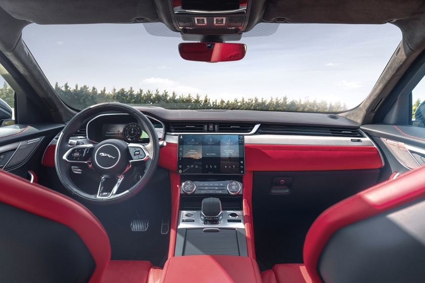 유럽 자동차 전문가들로부터 인정받은 LG전자 차량용 인포테인먼트 시스템