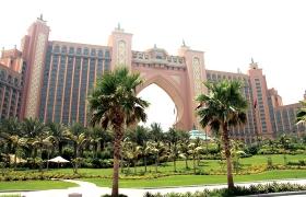 사막의 기적, 두바이 명소를 만나는 1일 여행 코스