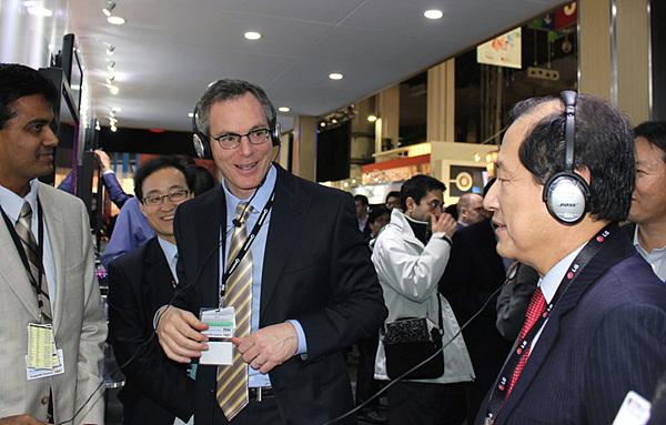 풀 제이콥스 퀄컴 회장과 이상철 부회장 사진