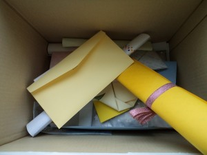 박스안에 담아 놓은 편지지 사진1