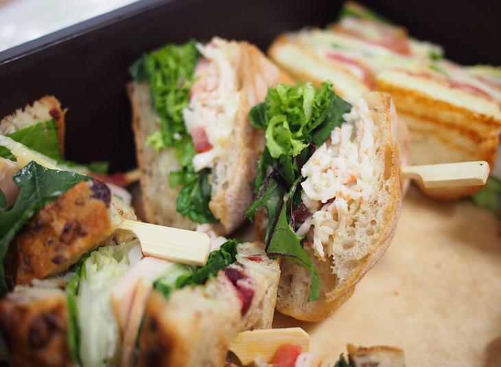 더블로거들에게 간단한 식사로 준비되었던 샌드위치의 모습이다.