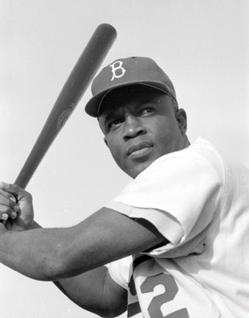 흑인 선수였던 재키 로빈슨 흑백 사진