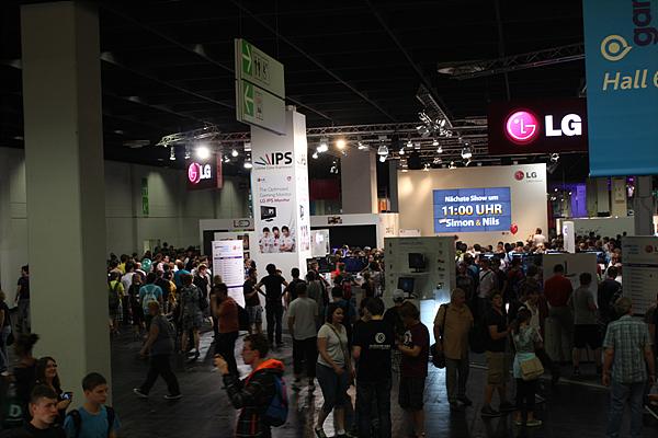 게임 전시회인 '게임스컴 2012′현장