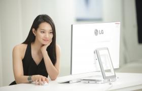 '아랑사또전'의 주인공 신민아와의 광고 촬영 현장