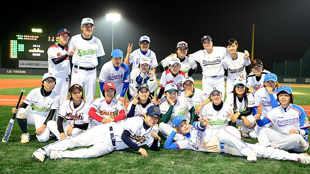 야구선수들의 단체 기념 사진