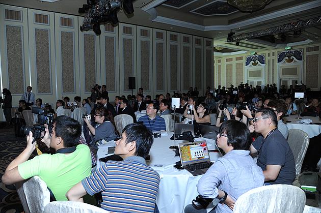 총 4개국의 기자들이 참석한 마카오의 옵티머스 G Pro 출시 간담회 현장