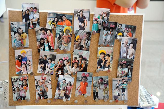 옵티머스 G Pro로 촬영하고 포켓포토로 출력한 MC 가족들의 모습