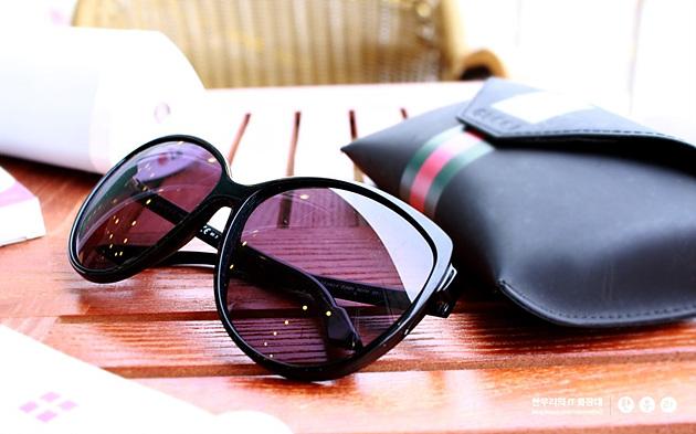 여름휴가 선글라스