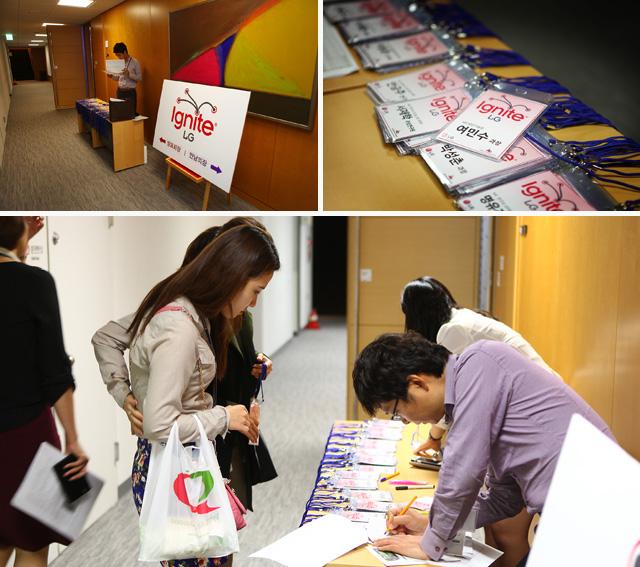 이그나이트 행사장 로비 모습이다, 참가자들 이름표가 놓여져 있는 모습과 참가한 사람의 이름을 비교하며 나눠주고 있는 모습이다