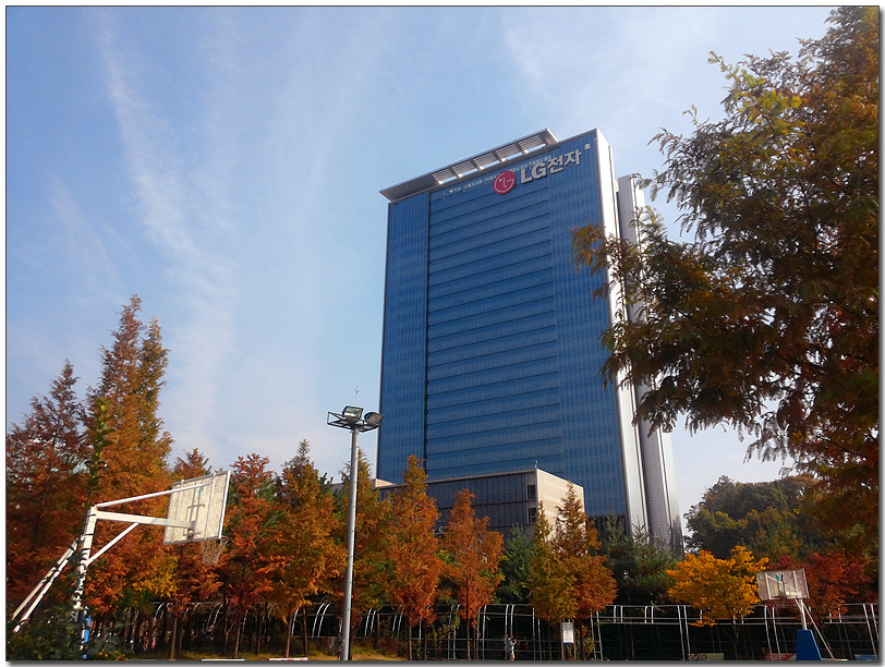 MC디자인연구소 이은혜님이 LG G Pro로 촬영한 LG전자 서초 R&D 캠퍼스 빌딩의 모습이다