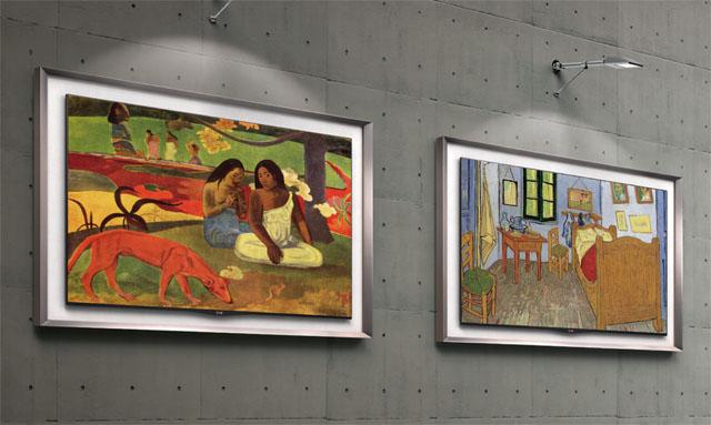 갤러리 올레드 TV를 전시한 모습으로 2개의 올레드 TV 빈 화면 위에는 명화 두 작품이 걸려있다.