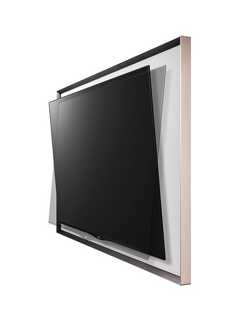 갤러리 올레드 TV의 측면으로 큰 액자안에 슬림한 TV가 들어가 있는 모습이다.