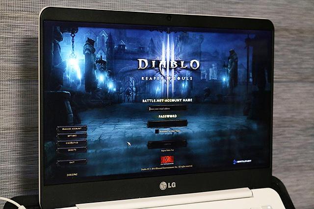 화면에 게임 디아블로가 켜져있는 모습이다.
