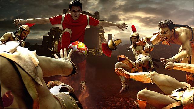 2014 울트라HD TV 광고 장면 구자철 선수가 공을 향해 팔을 들어올리고 공을 차려고 시도하고 있다