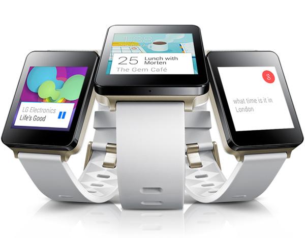 LG G워치 3개가 나란히 놓여있는 제품 이미지