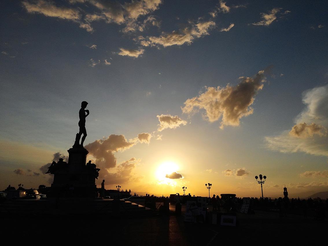 LG G pro로 촬영한 이탈리아 피렌체 미켈란젤로 광장. 노을 지는 하늘의 모습
