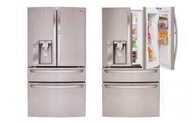미국에 출시한 대용량 4도어 냉장고 제품 이미지입니다.