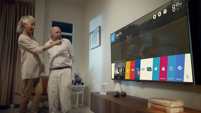 '웹OS' 알리기에 나선  바이럴 영상 캡쳐 이미지 입니다.