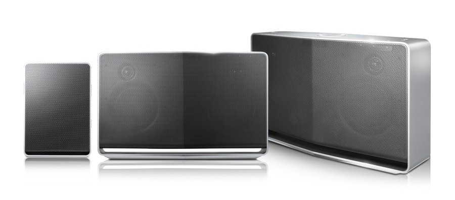 LG 스마트오디오 NP8340, NP8540, NP8740 제품이 나란히 놓여 있다.