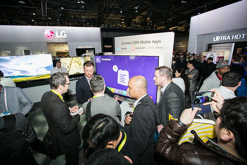 CES 2015 개막, LG의 뜨거운 혁신에 물들다 (12)