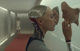 인간을 빼닮은 영화 속 인공지능 로봇