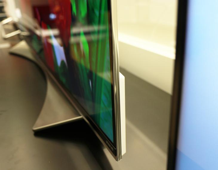 8.5mm 의 얇은 두께를 자랑하는 LG 슈퍼 울트라HD TV