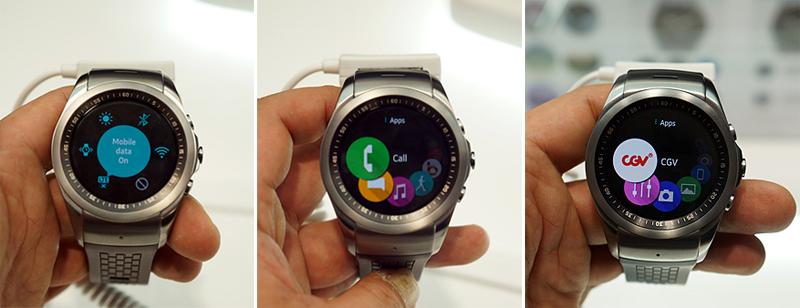 LG 워치 어베인(LG Watch Urbane)을 직접 구동하는 모습. 모바일 데이터를 실행시키는 모습(좌), 전화 어플을 실행시키는 모습(가운데), CGV 앱을 실행시키는 모습(우)