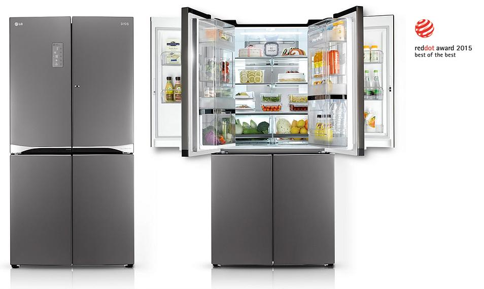 LG 더블 매직스페이스 냉장고. 좌측은 냉장고 문을 모두 닫은 모습, 우측은 냉장고 위쪽 문을 연 모습