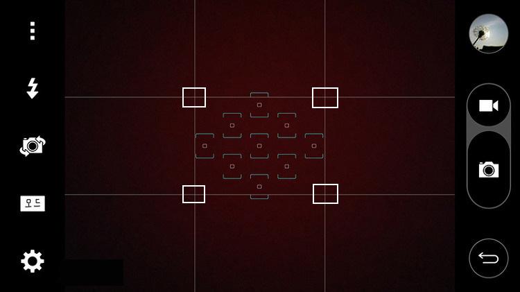 9개의 직사각형으로 분할된 스마트폰 촬영 모드