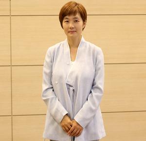 스페이스 SEON:[仙]의 엄수정 대표의 모습