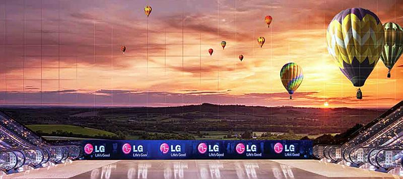 세계 최소 베젤 LG 디지털 사이니지로 대형화면을 구현한 싱가폴 SUNTEC 컨벤션 센터