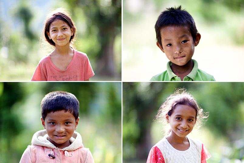 웃고 있는 네팔 어린이들