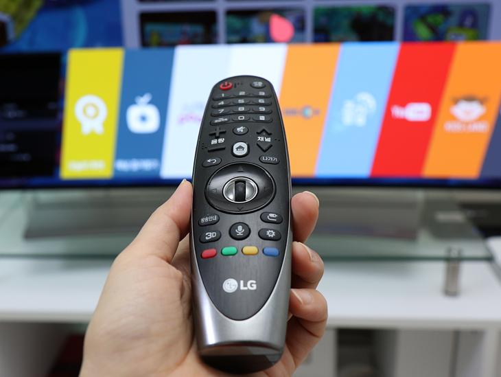 LG전자 TV 매직리모컨의 모습