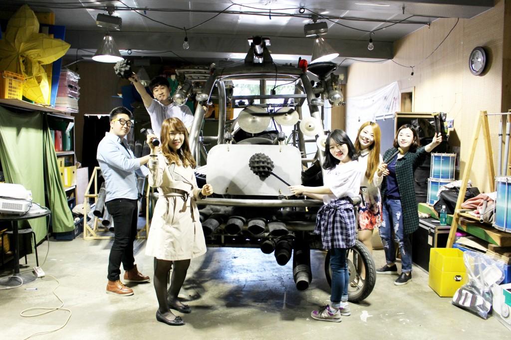 대학생 CSR 서포터즈 러브지니의 에코준컴퍼니 방문 모습