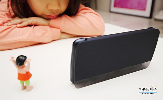 아이들에게 적합한 보급형 스마트폰으로 K10을 추천합니다.