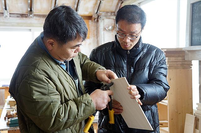 버려지는 나무인 간벌재를 활용해 새로운 가치를 창출하는 목재 DIY 디랜드협동조합도 이번 충북 LG소셜펀드에 선정되었습니다.