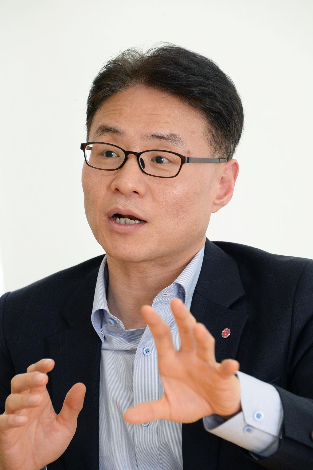 LG전자 MC사업본부 마케팅커뮤니케이션담당 이철훈 상무