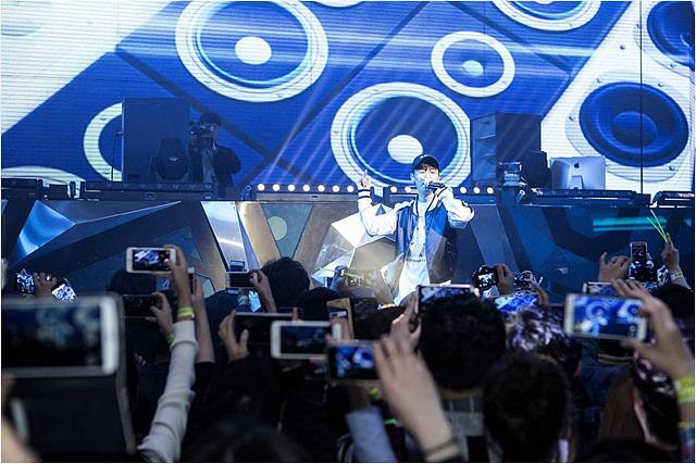 깜짝 게스트 M.net <쇼미더머니 4> 우승자 베이식