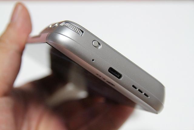 LG G5 캠플러스의 모습입니다.