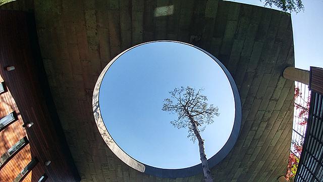 G5의 광각 카메라로 담아낸 하늘의 모습입니다.